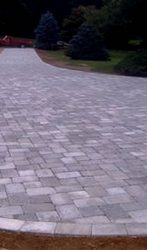 2600 Square Foot Driveway