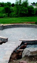 Round Paver Patio,with seating walls steps and columns