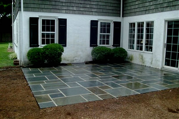 Beau Flagstone In Cement Patio
