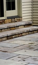 Techo block patio, stone steps